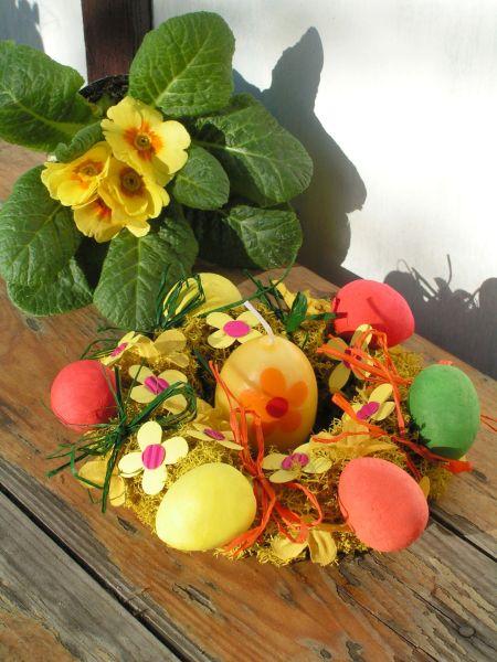 Velikonoční výzdoba: jarní věneček